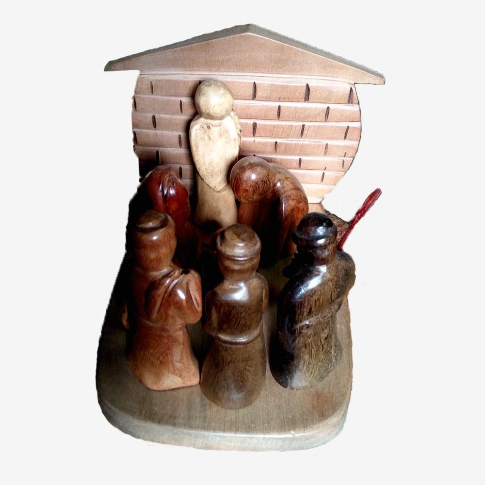 Petite Creche De Noel Sculptee En Bois Divers De 17 Cm De Haut