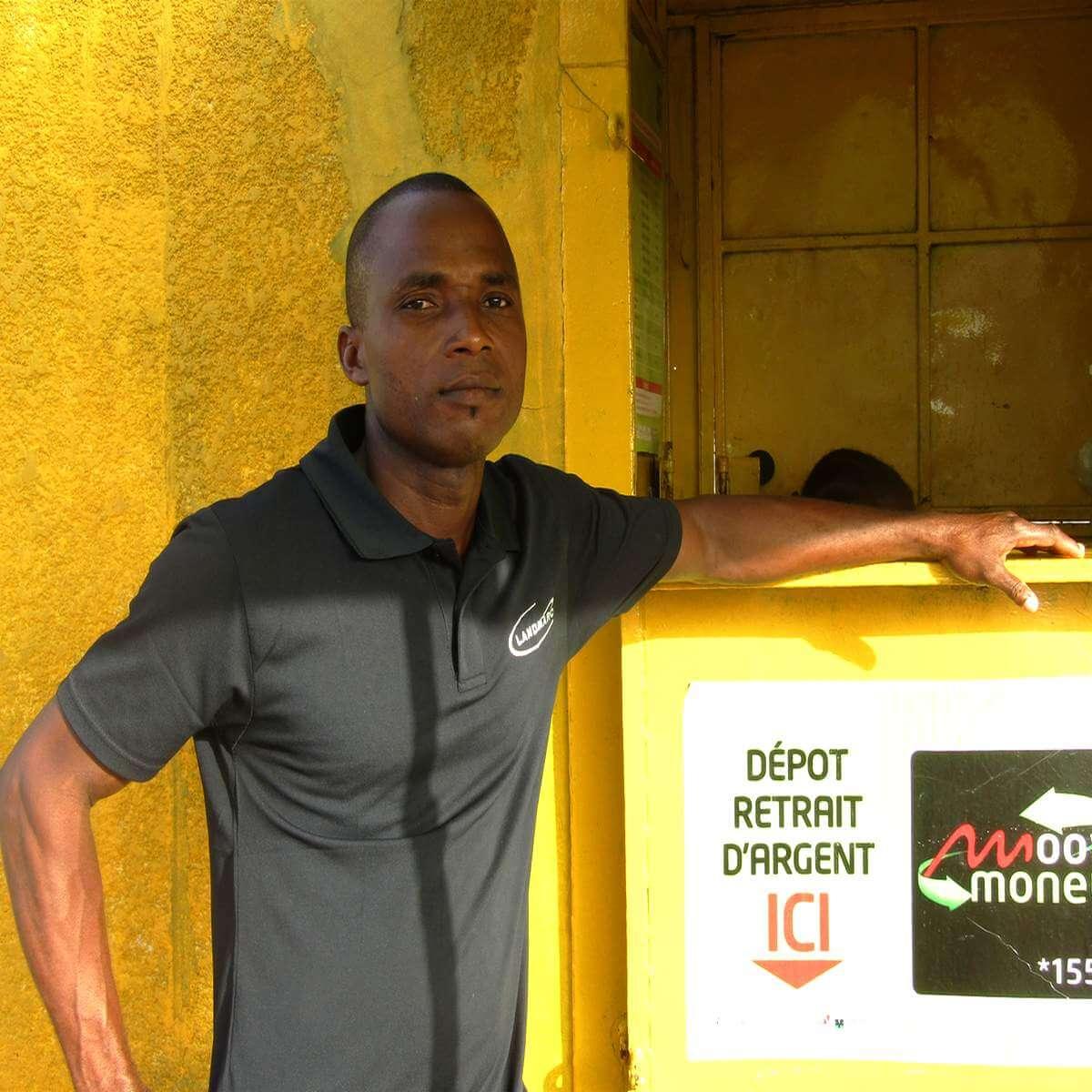 « Dis pour Toi » : La petite entreprise de Basso Sylvain